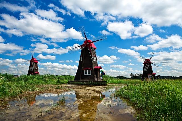 windmill-1309192_640